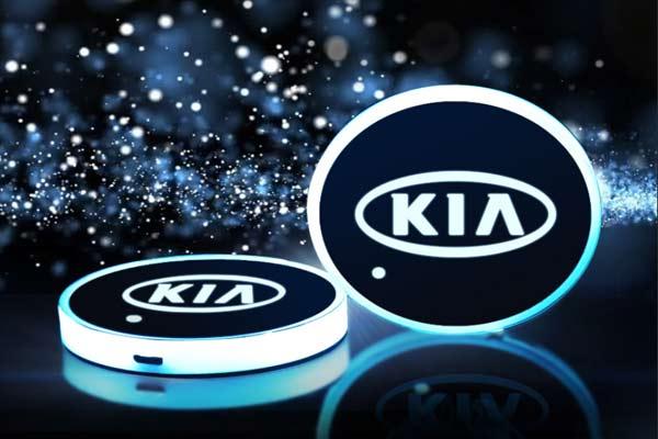 Podsvetka podstakannikov s logotipom Kia 2